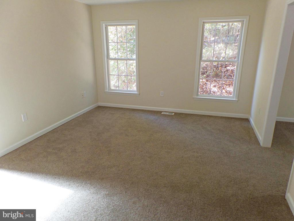 - 900 ROSEMERE AVE, SILVER SPRING