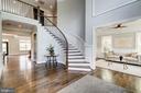 Gorgeous staircase - 932 DEAD RUN DR, MCLEAN