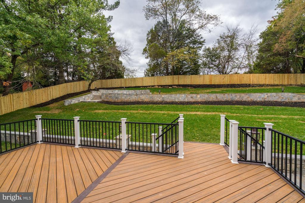 Back deck with fabulous view of rear yard - 932 DEAD RUN DR, MCLEAN