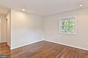 Master BD w/Reading Lights operated Separately - 2501 DREXEL ST, VIENNA