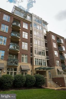 4025 CONNECTICUT AVE NW #204