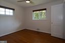 Sunny, Nicely Sized Main Level Bedroom - 7308 FRANKLIN RD, ANNANDALE