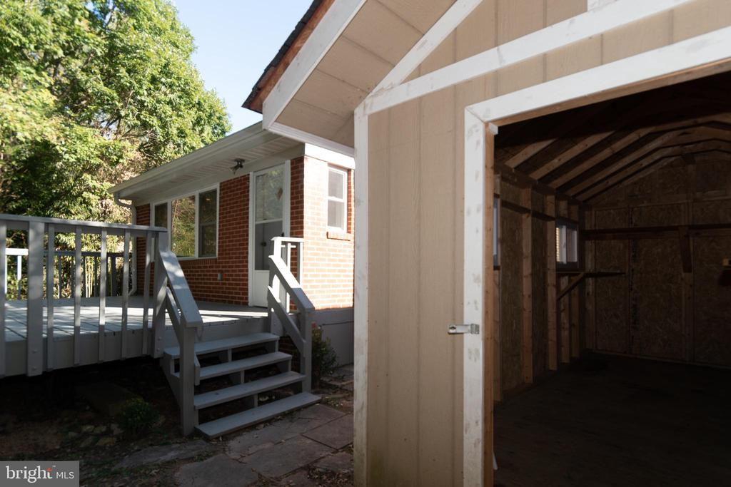 Large Shed for Outdoor Storage - 7308 FRANKLIN RD, ANNANDALE