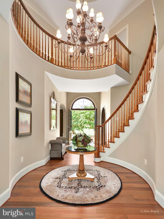 Grand Foyer - 2662 MONOCACY FORD RD, FREDERICK