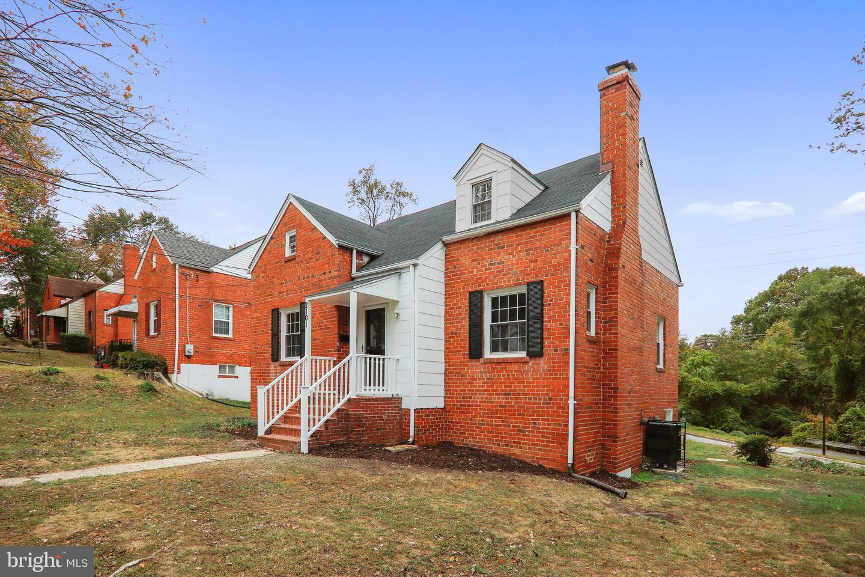 Single Family Homes för Försäljning vid District Heights, Maryland 20747 Förenta staterna