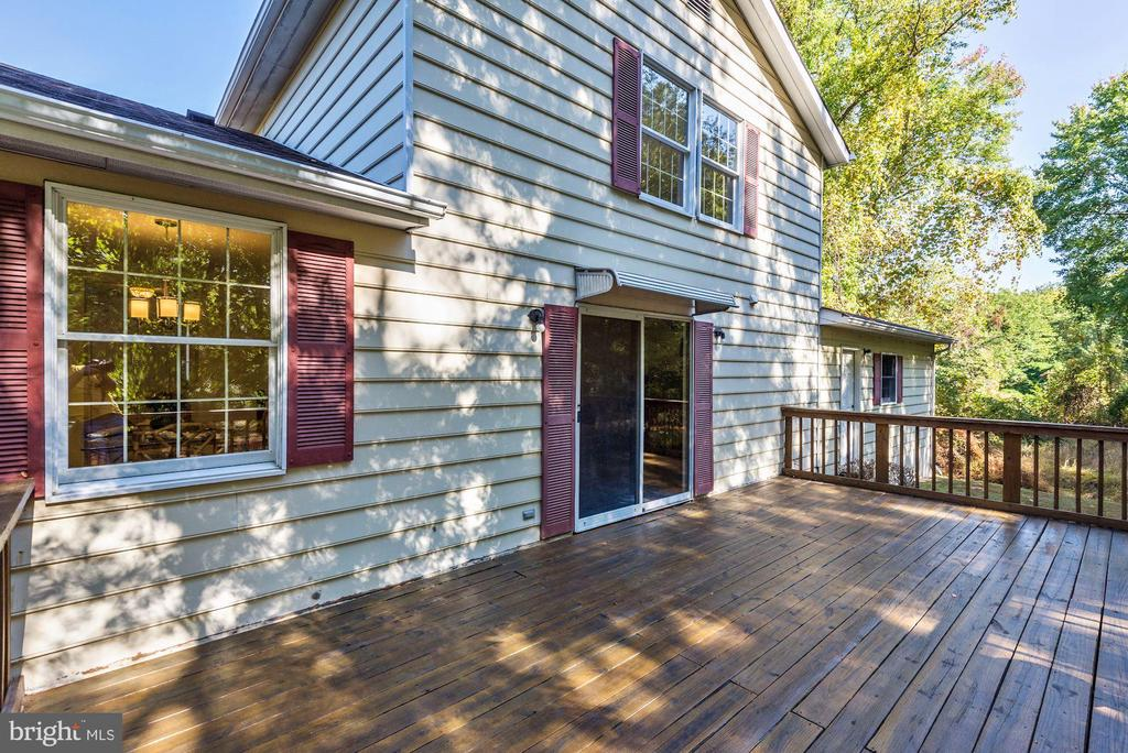 Sliding glass doors to family room. - 1209 GOTH LN, SILVER SPRING