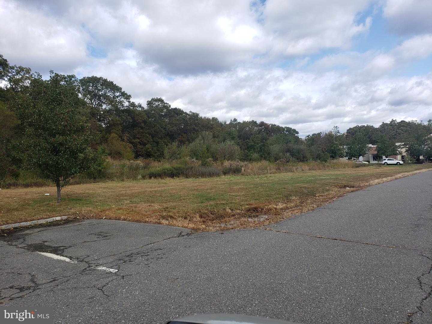 Additional photo for property listing at  Millstone Township, New Jersey 08510 United States