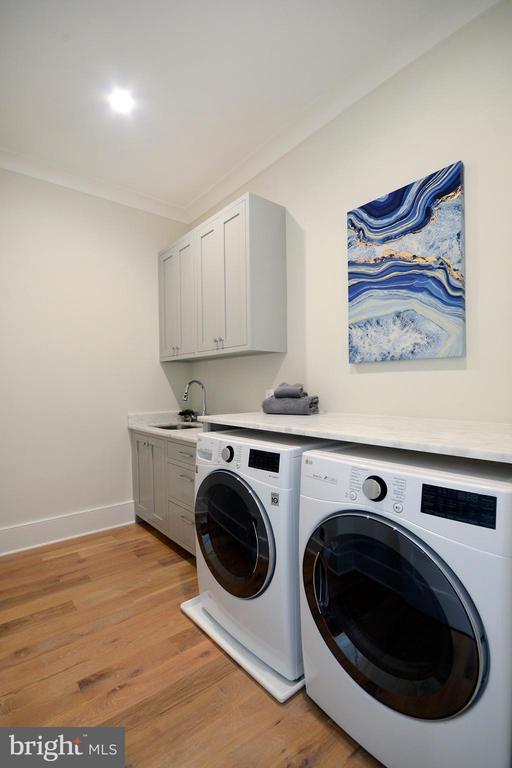 Laundry Room - 1432 1/2 G ST SE, WASHINGTON