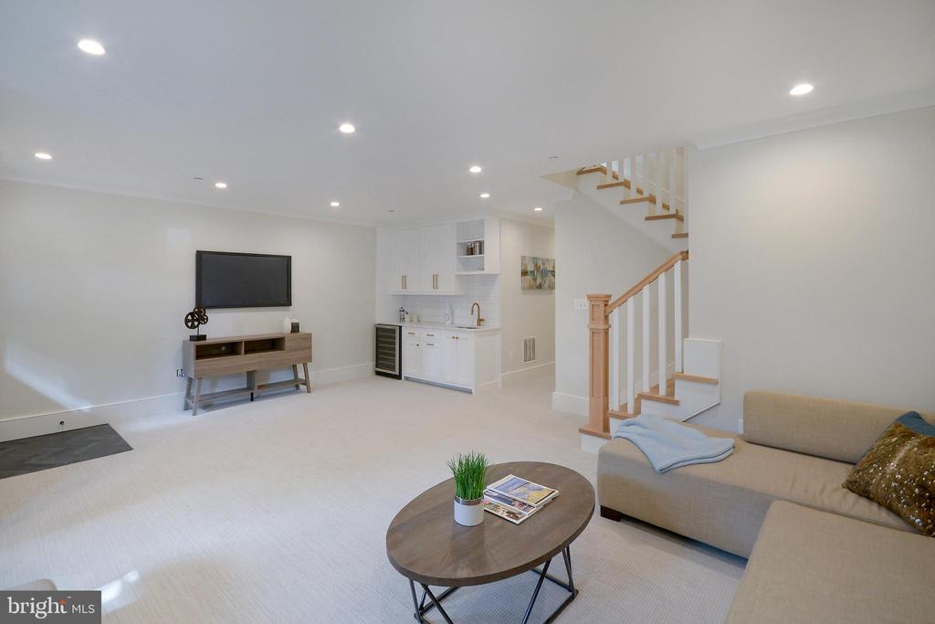 Endless flexibility for family and guests - 1432 1/2 G ST SE, WASHINGTON