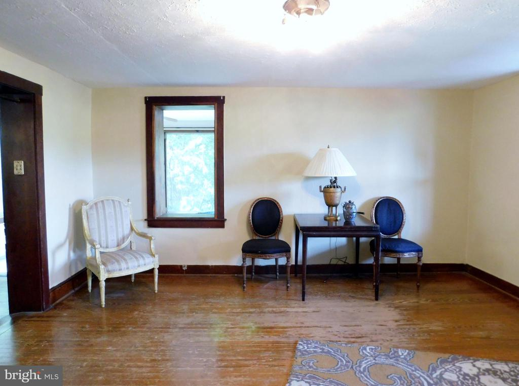 Living Room - 2083 BERRYVILLE PIKE, RIPPON