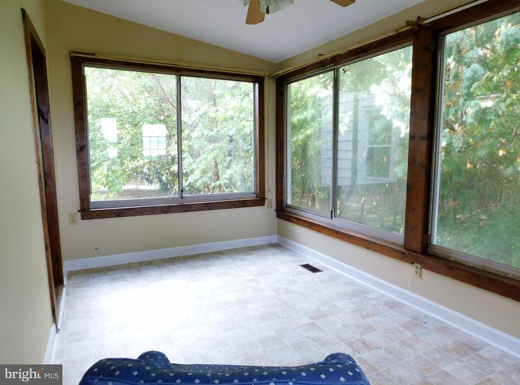Sun Room - 2083 BERRYVILLE PIKE, RIPPON