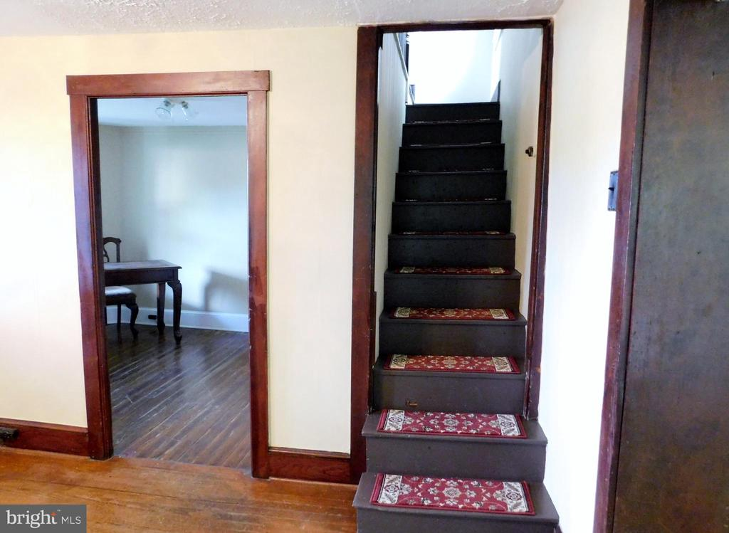 Interior Stairs - 2083 BERRYVILLE PIKE, RIPPON