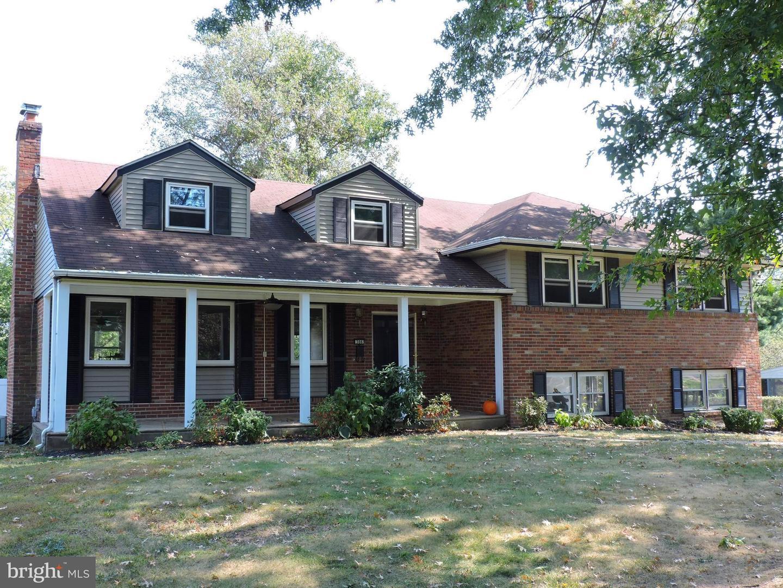 Single Family Homes pour l Vente à Cinnaminson, New Jersey 08077 États-Unis
