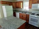 KITCHEN WITH GAS COOKING - 900 ROSEMERE AVE, SILVER SPRING