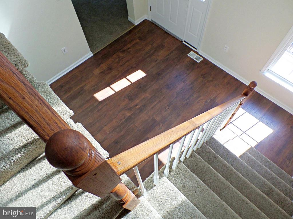 BEAUTIFUL STAIRCASE VIEW - 900 ROSEMERE AVE, SILVER SPRING