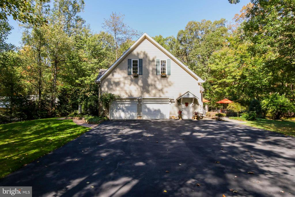 2 Car Garage and newly paved driveway - 8240 EDGEWOOD CHURCH RD, FREDERICK