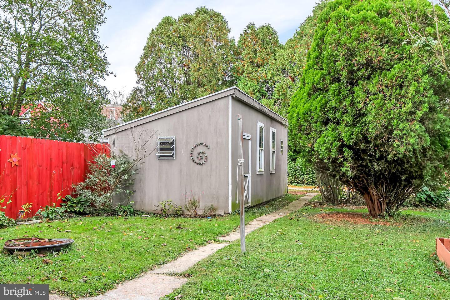 Additional photo for property listing at  Robesonia, Pennsylvania 19551 United States