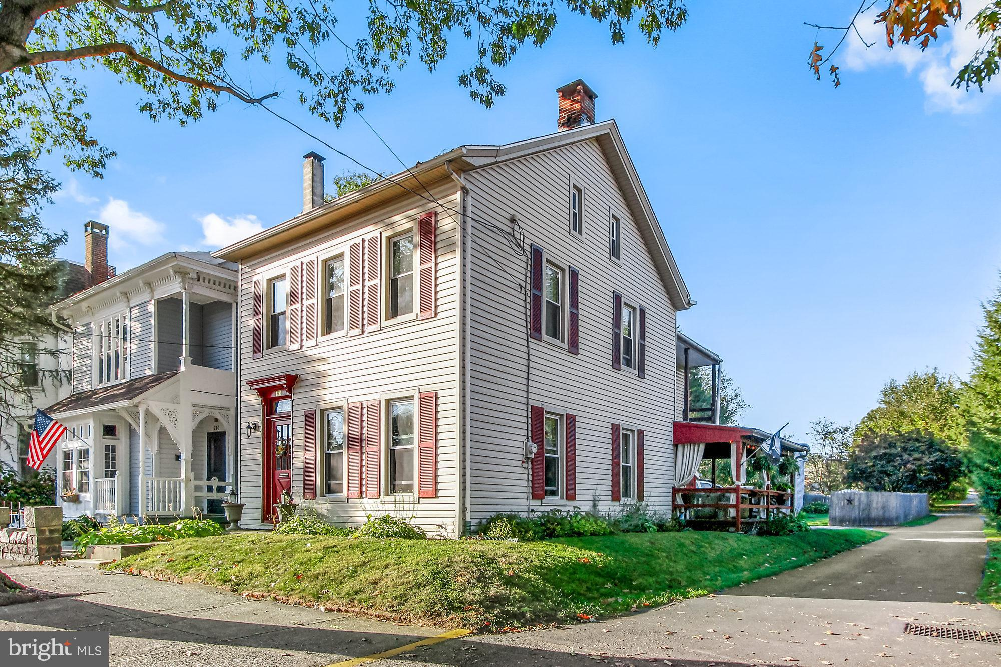 Beautiful home from circa 1800!