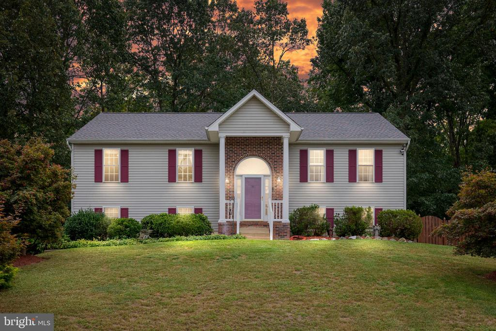 Do Not Miss Your Opportunity To Own This Home! - 3612 E GLEN DOWER DR, FREDERICKSBURG