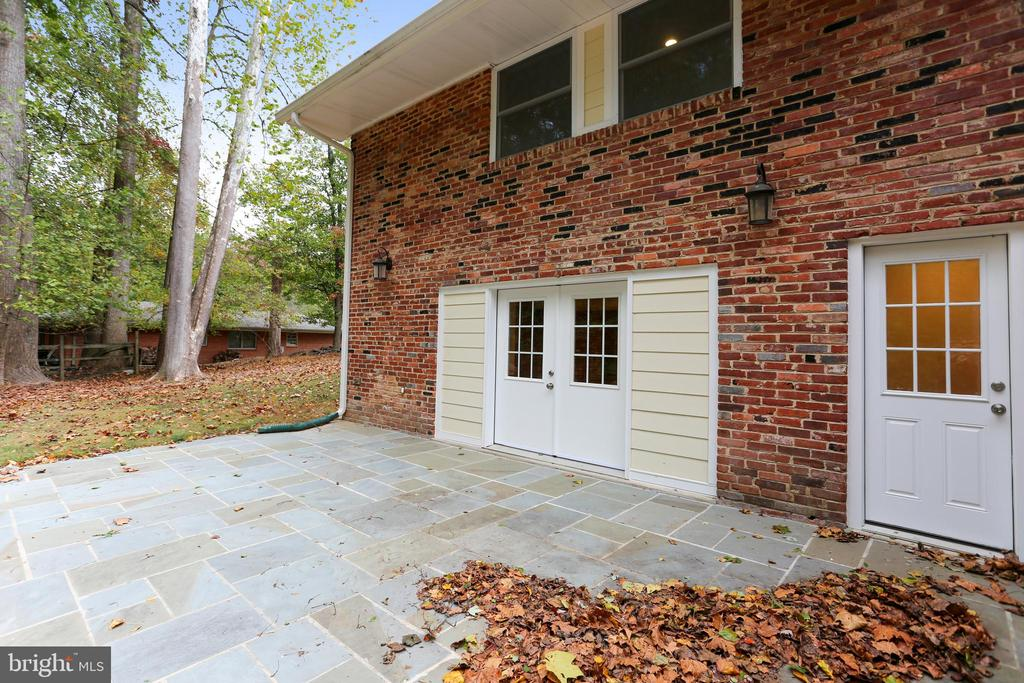 Second rear patio off of rec room & second kitchen - 315 SCOTT DR, SILVER SPRING