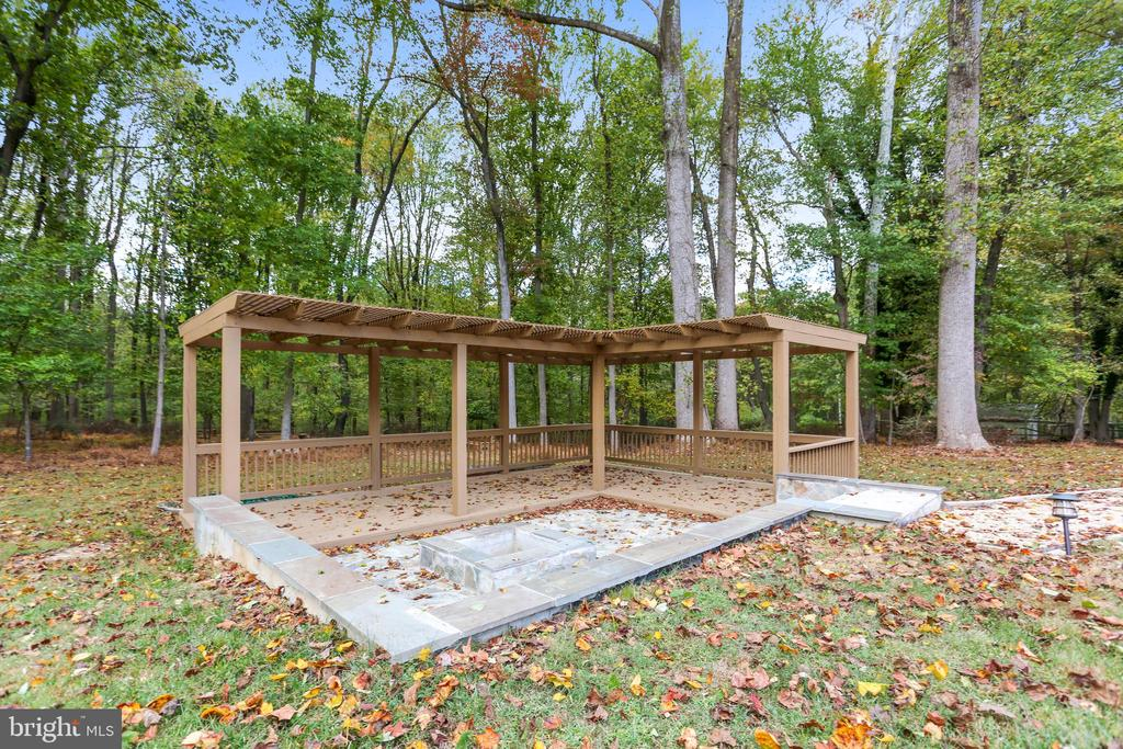 Your new pergola includes a firepit - 315 SCOTT DR, SILVER SPRING