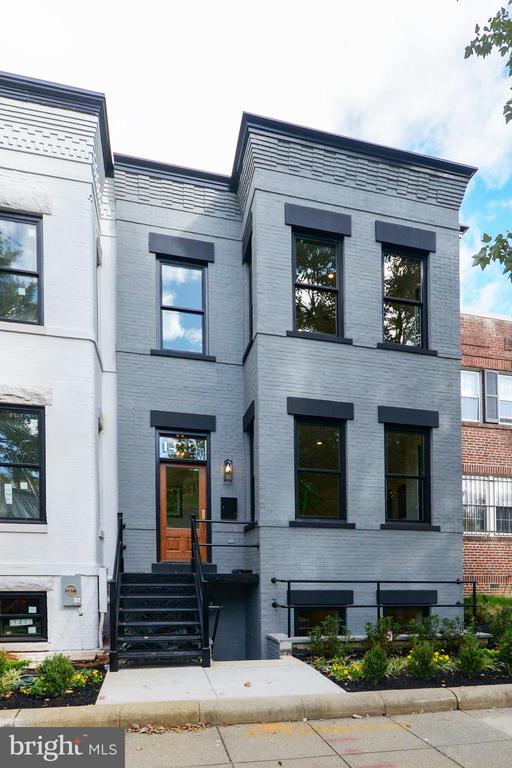 GRAND FRONT FACADE - A NEW Classic! - 1432 1/2 G ST SE, WASHINGTON