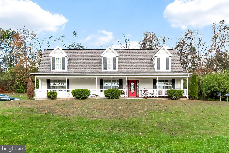 Single Family Homes para Venda às Wellsville, Pensilvânia 17365 Estados Unidos