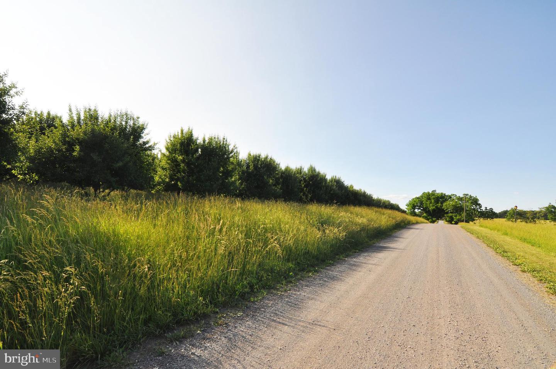 Земля для того Продажа на Cross Junction, Виргиния 22625 Соединенные Штаты