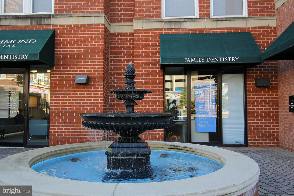 Fountain entrance , businesses and retail! - 2665 PROSPERITY AVE #429, FAIRFAX