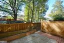 Large backyard - 8124 PINELAKE CT, ALEXANDRIA