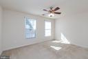 Large fourth bedroom - 11 DARDEN CT, STAFFORD