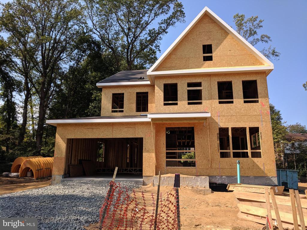 Lot 6 is the same floor plan as Lot 4, this listin - 9570 ROBBY CT, BURKE