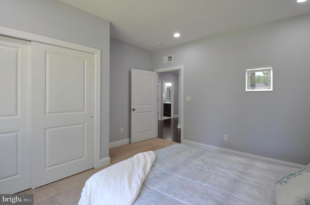 Bedroom #1 - 319 LIBERTY BLVD, LOCUST GROVE