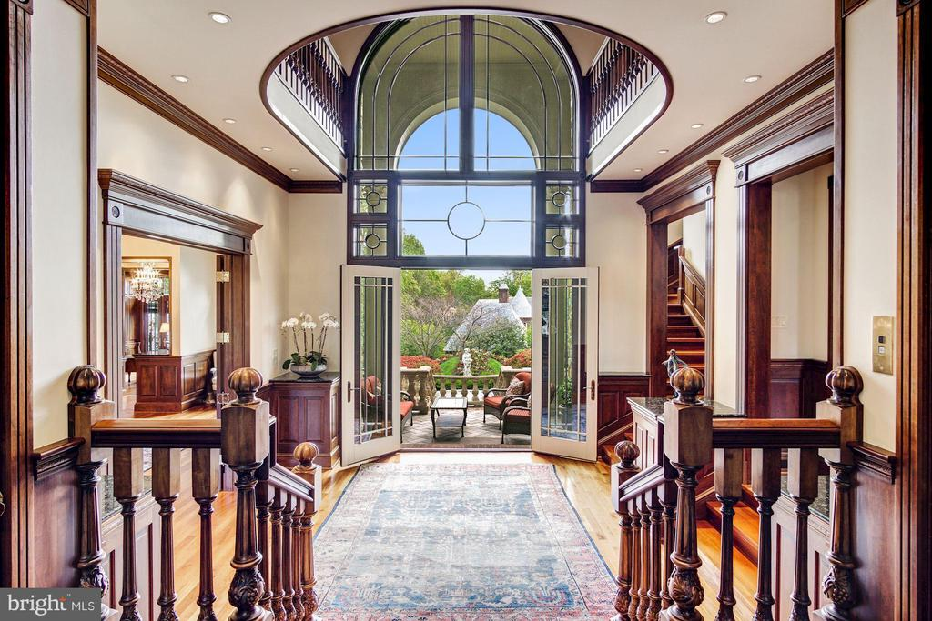 Exquisite Entrance Foyer - 3036 WOODLAND DR NW, WASHINGTON