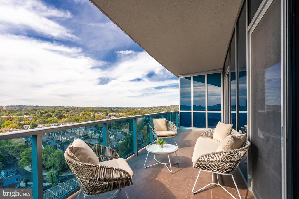 Balcony with incredible views. - 1881 N NASH ST #1902, ARLINGTON