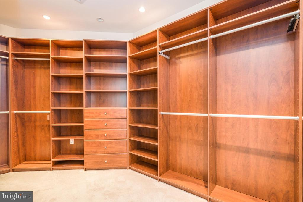 Extra large master closet. - 1881 N NASH ST #1902, ARLINGTON