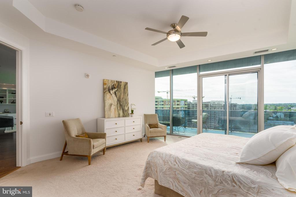 Master bedroom with balcony access. - 1881 N NASH ST #1902, ARLINGTON