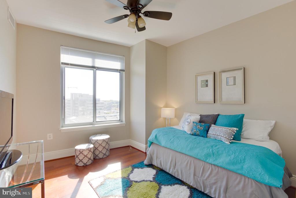 Bedroom 3` - 11990 MARKET ST #1112, RESTON