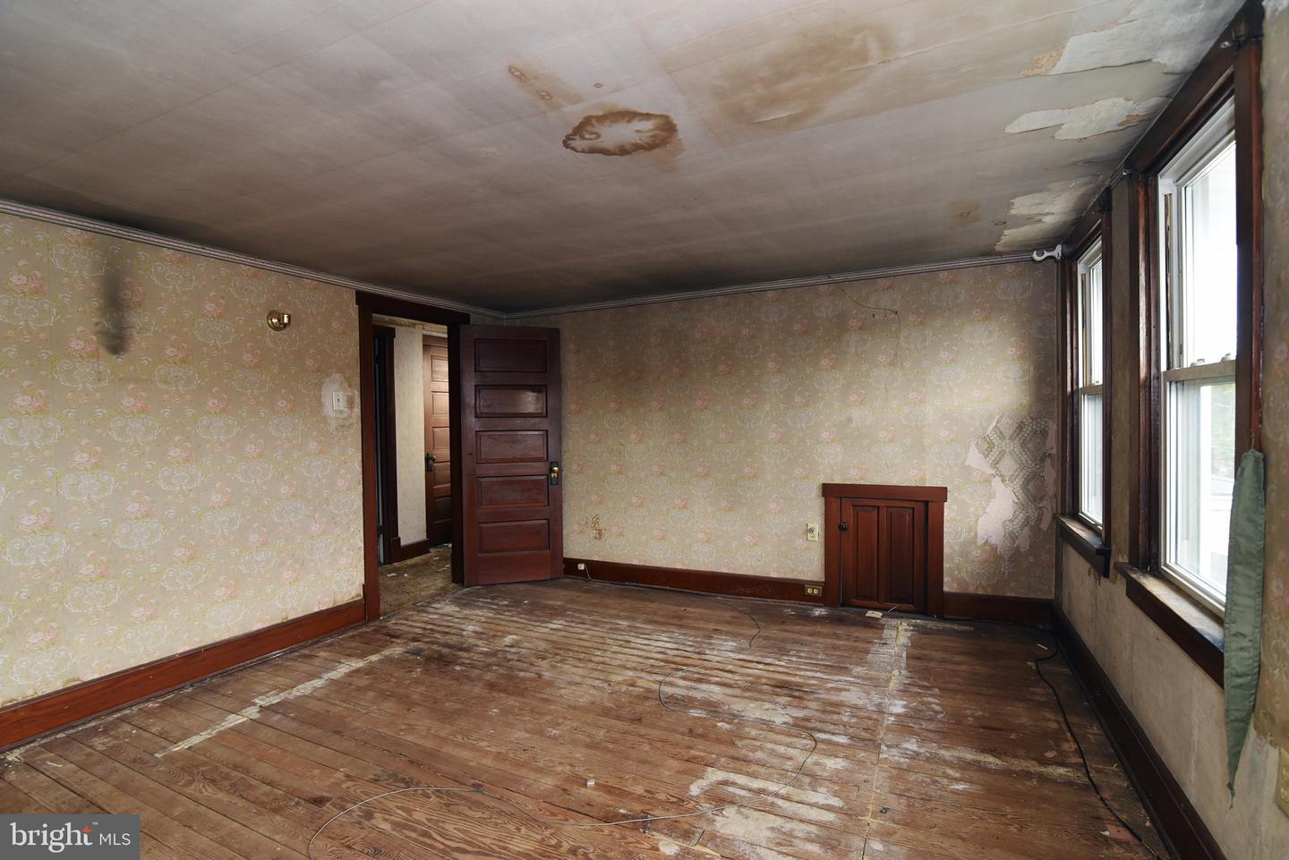 Additional photo for property listing at  Port Carbon, Pennsylvania 17965 United States