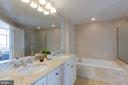 Masster Bath - 11990 MARKET ST #1112, RESTON
