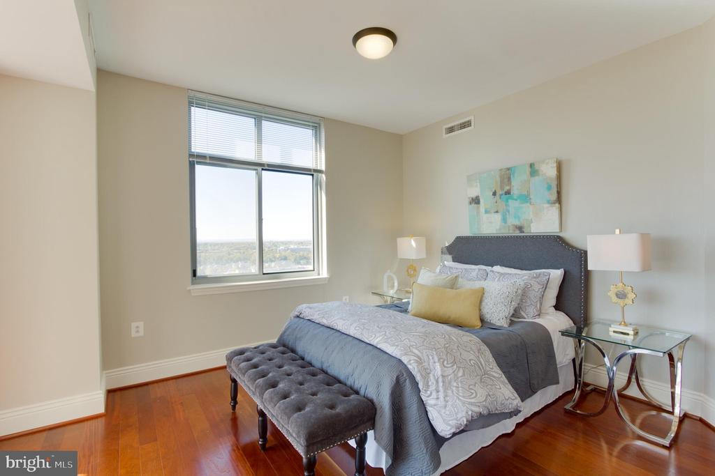 Master Bedroom - 11990 MARKET ST #1112, RESTON