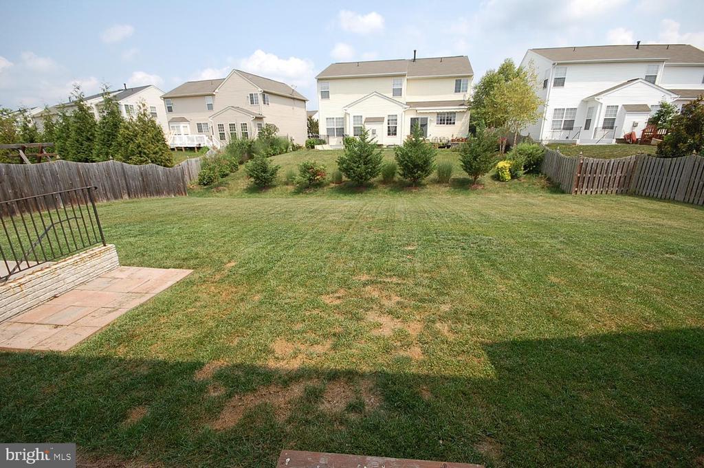 backyard - 106 ROY CT SE, LEESBURG