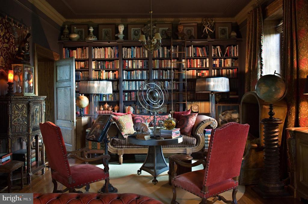 Layered Elway Hall  library - 8394 ELWAY LN, WARRENTON