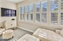 Upper level lounge w/plantation shutters - 616 FIREHOUSE LN, GAITHERSBURG