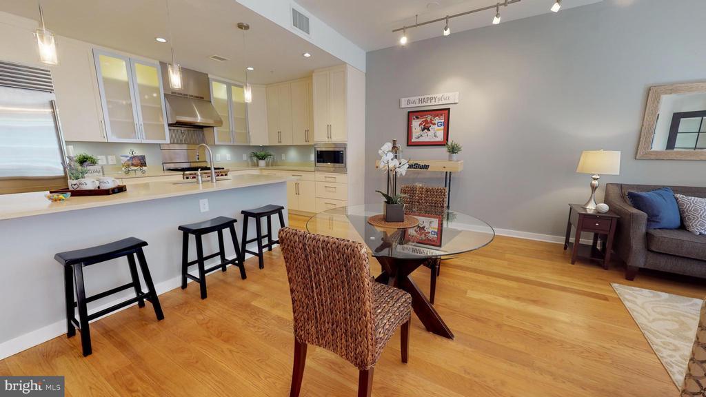 Dining Room Plus Breakfast Bar - 1610 N QUEEN ST #243, ARLINGTON