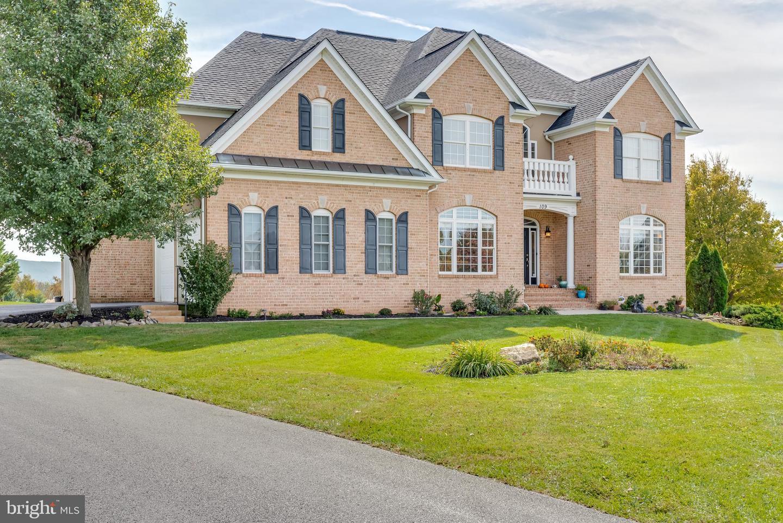 Single Family Homes por un Venta en Charles Town, West Virginia 25414 Estados Unidos