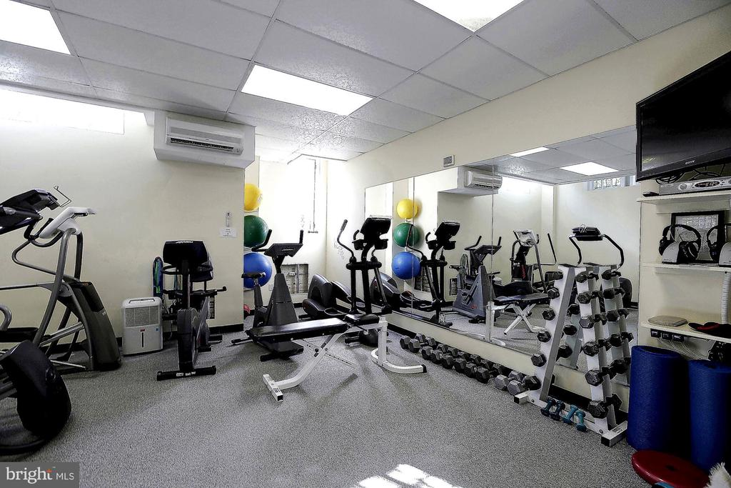 Gym in building - 2101 CONNECTICUT AVE NW #23, WASHINGTON
