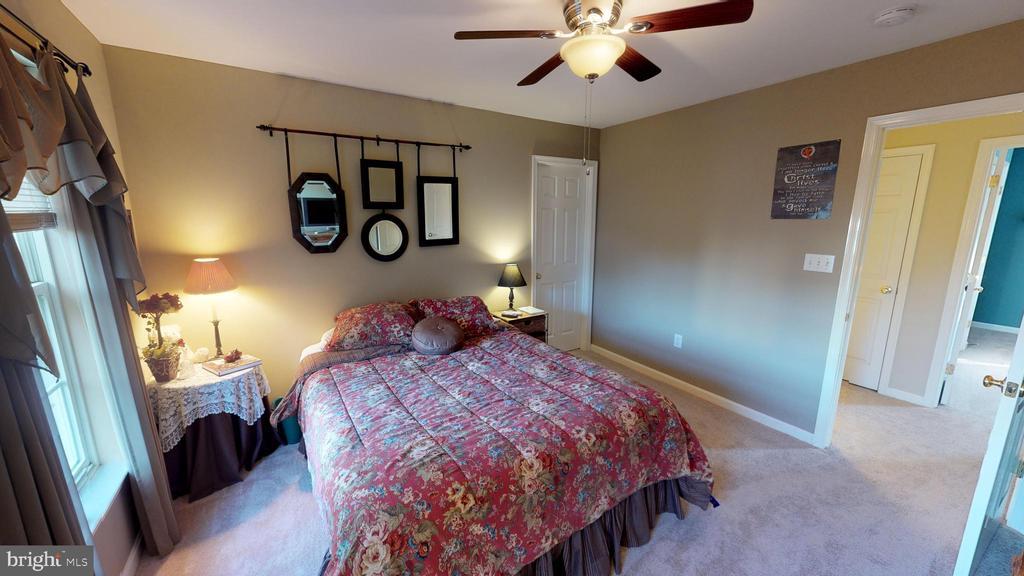 Bedroom 3 - 9355 DEVILBISS BRIDGE RD, WALKERSVILLE
