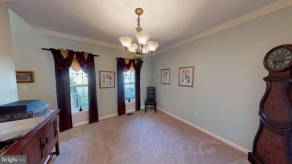 formal dining room - 9355 DEVILBISS BRIDGE RD, WALKERSVILLE