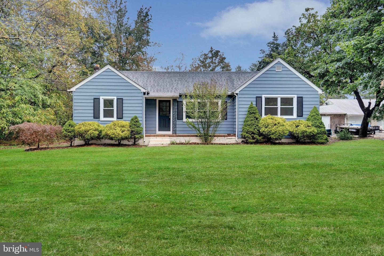Single Family Homes für Verkauf beim Malaga, New Jersey 08328 Vereinigte Staaten